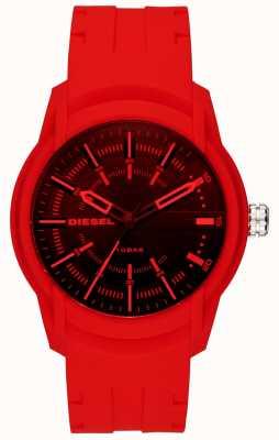 Diesel Мужской браслет красный силиконовый ремешок DZ1820