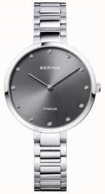 Bering Кристальный набор из титанового серого корпуса и браслета 11334-772