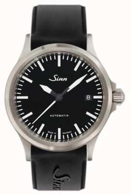 Sinn 556 i спортивный сапфировый черный черный силиконовый ремешок 556.010 SILICONE