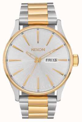 Nixon Sentry ss | серебро / золото | двухцветный стальной браслет | серебряный циферблат A356-1921-00