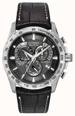 Citizen Мужские радиоуправляемые вечные часы на хронографе из черной кожи AT4000-02E